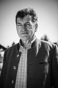 Agrargemeinschaften in Tirol. Entschädigungslose Enteignung der Tiroler Bauern im 21. Jhdt